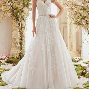 Mori Lee Wedding Dress NWT Size 8